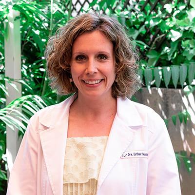 Esther Marbán, Dr.